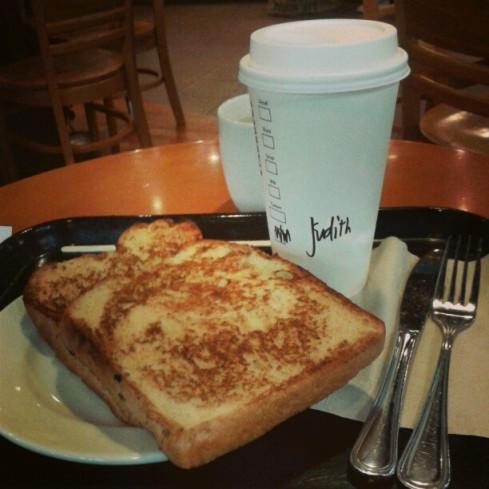 Hot White Chocolate Mocha & French Toast